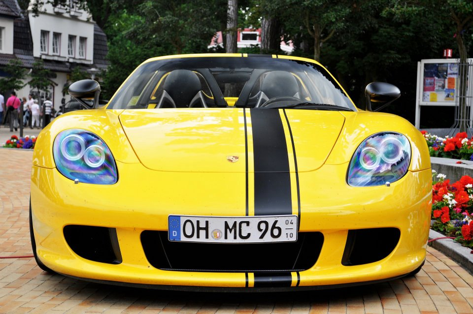 Nico-Hartel-yellow-carrera-gt