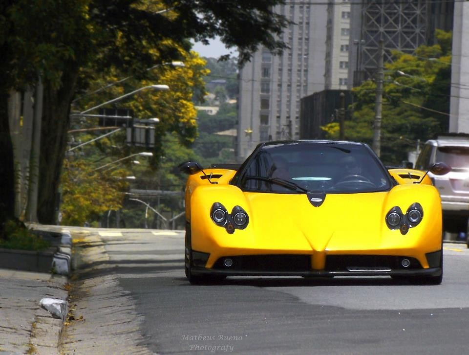 Matheus-Bueno-pagani-zonda-yellow