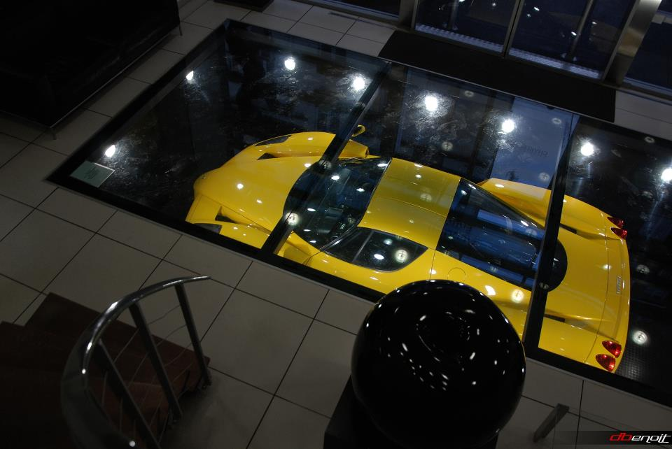 ferrari-enzo-yellow-jaune-automotive-passion-david-benoit